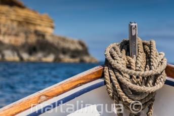 La proa de un barco tradicional maltés